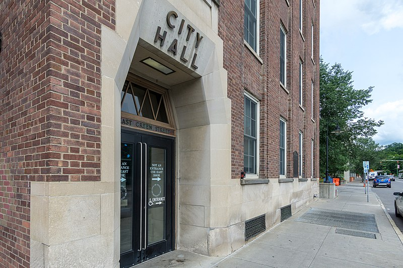 800px-Ithaca_City_Hall,_Green_Street
